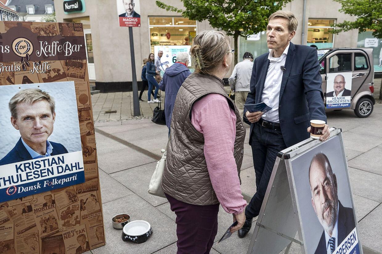Kristian Thulesen Dahl og Dansk Folkeparti inviterede på valg-kaffe på torvet i Næstved
