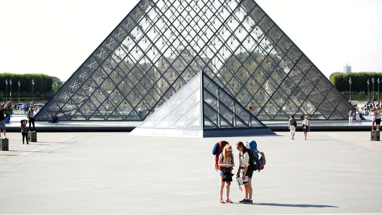 10,2 millioner mennesker besøgte sidste år Louvre. (Foto: REUTERS/Charles Platiau)