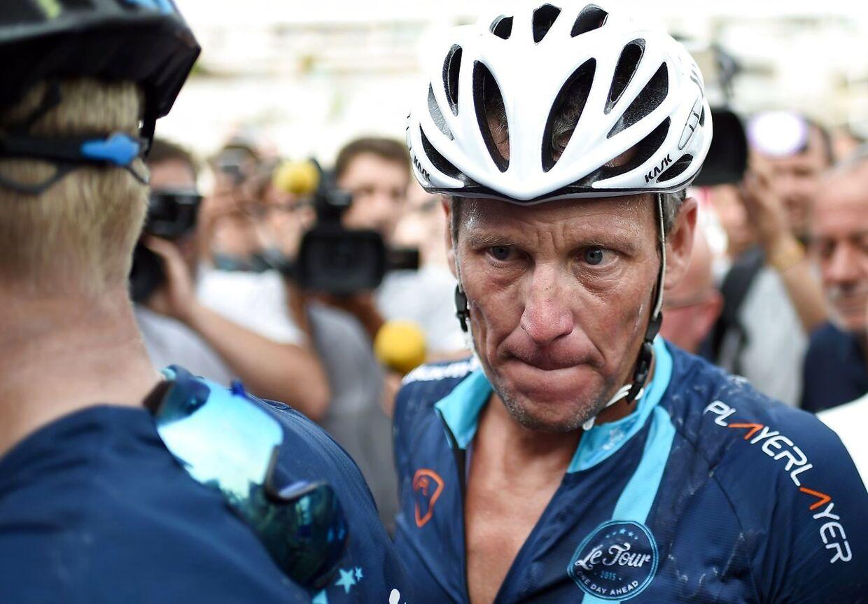 Lance Armstrong er stadig aktiv og deltager i flere velgørende sportsbegivenheder.