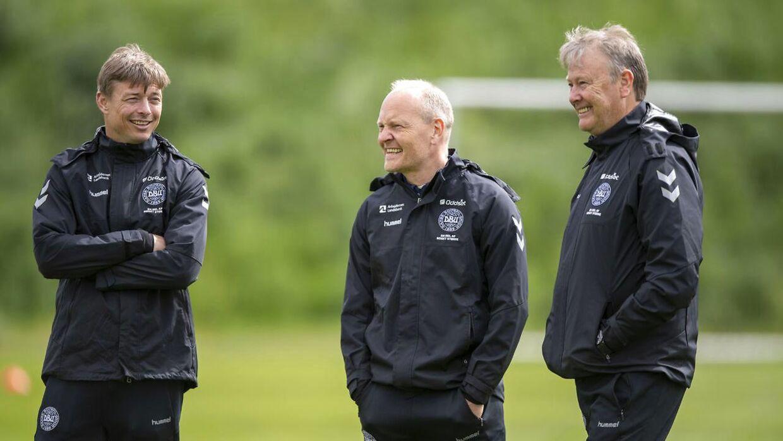 Jon Dahl Tomasson, Niels Frederiksen og Åge Hareide.