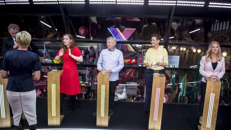 Isabella Arendt, Uffe Elbæk, Pia Olsen Dyhr og Pernille Vermund efter partileder debat hos TV2 på Hovedbanegården i København, tirsdag den 7. maj 2019.