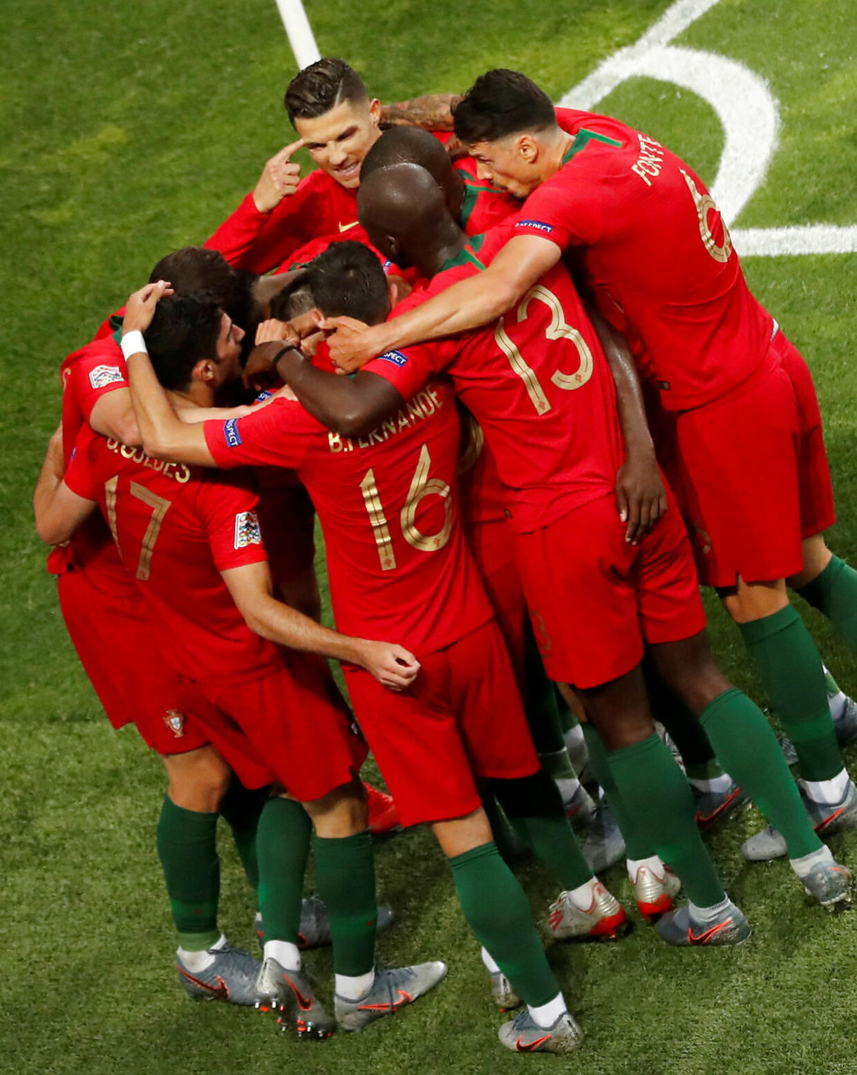 Soccer Football - UEFA Nations League Final - Portugal v Netherlands - Estadio do Dragao, Porto, Portugal - June 9, 2019 Portugal's Goncalo Guedes celebrates scoring their first goal with Cristiano Ronaldo and team mates REUTERS/Susana Vera