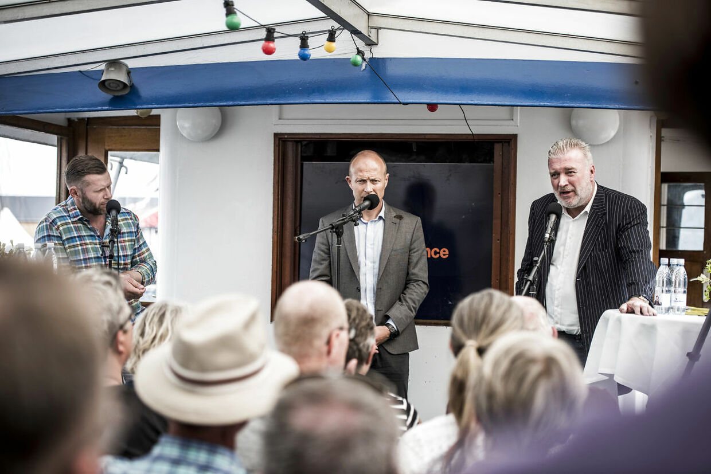 I 2017 var der liv og glade dage på Liberal Alliances båd. Her debat mellem Joachim B. Olsen og erhvervsmanden Lars Seier Christensen.