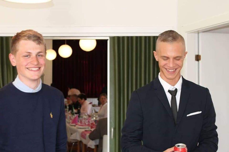 Jonas Legaard Sørensen (tv) og broderen Jacob Legaard Sørensen. 21-årige Jonas Legaard Sørensen har mistet livet i en ulykke i New Zealand.