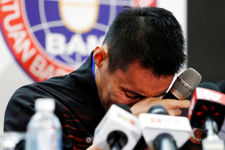 Lee Chong Weibryder sammen på pressemøde.