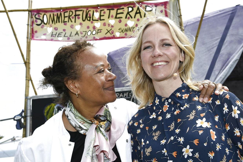 Hella Joof hjælper Ida Auken med at håndtere sin angst for klimaets tilstand.