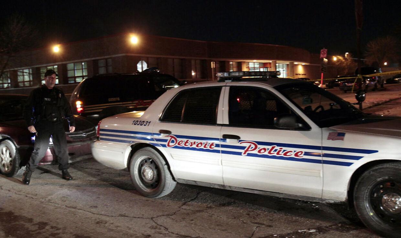 Politiflugt. Jobbet som politibetjent i den amerikanske storby Detroit er både farligt og underbetalt. I 2014 havde byen 2.500 betjente. I dag er der kun 1.700.
