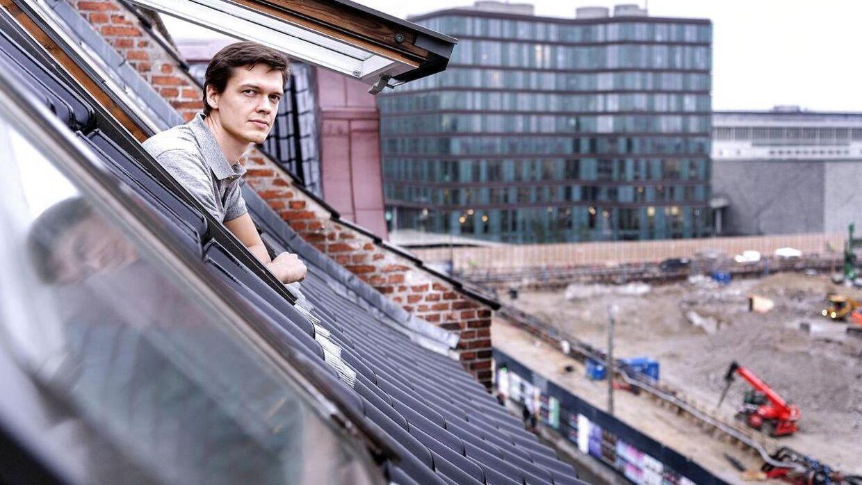 Martin Johansen er en af de naboer, som er bange for, at Tivolis mulige bypark på Vesterbrogade vil skabe øget trafik på andre veje.