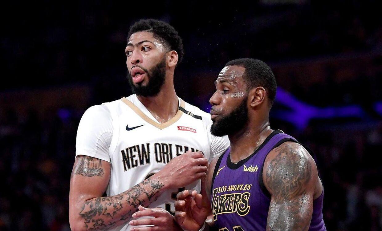 Anthony Davis (tv) og LeBron James som modstandere i sidste sæson.