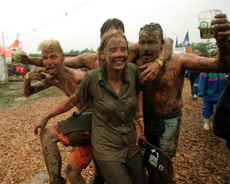 Roskilde er ofte en mudderfest. Her tilbage i 1997.