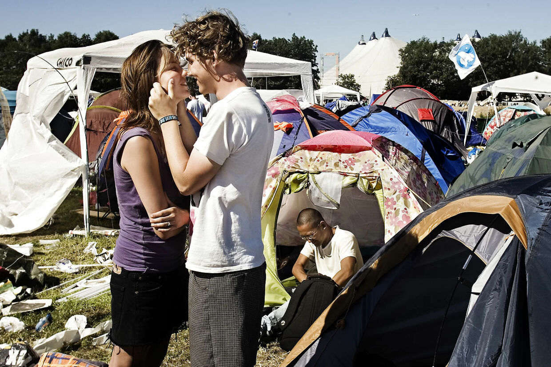 Vælg din partner med omhu, hvis du skal score på festival.