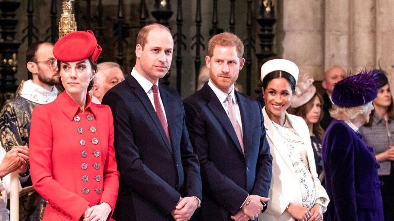 Her ses de royale brødre og deres hustruer, som angiveligt ikke er bedste venner for tiden.