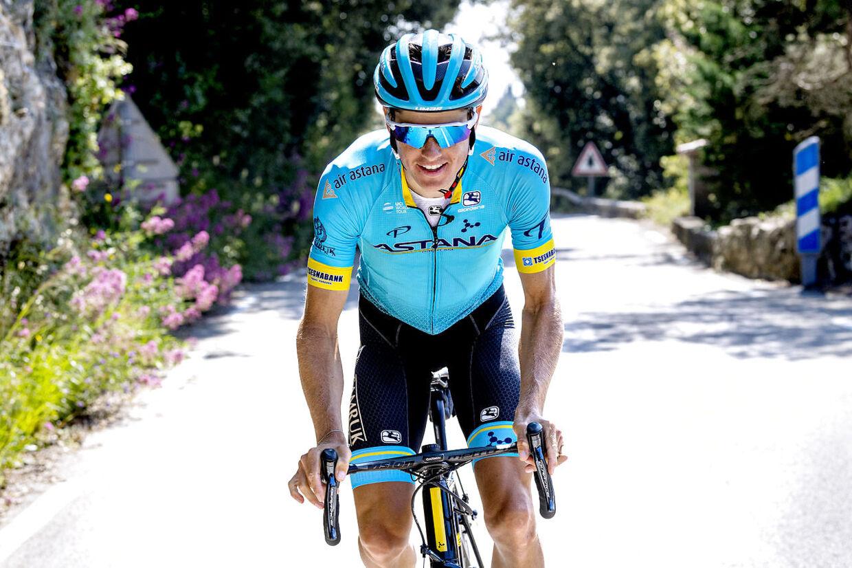 Kom helt tæt på Jakob Fuglsang under træningen til Tour de France.