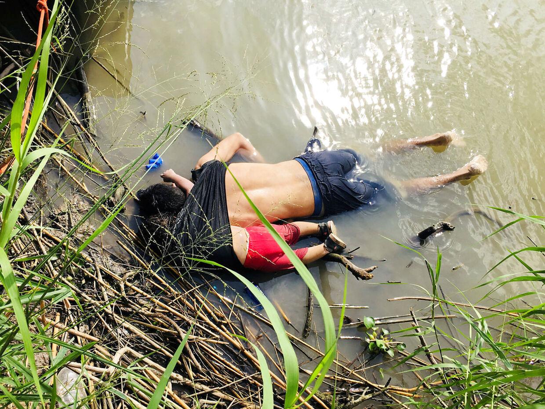Oscar Alberto Martinez Ramirezog hans datter Valeria druknede søndag.