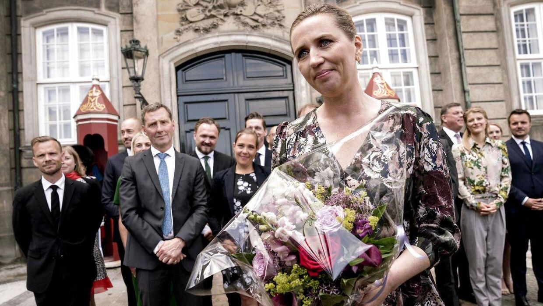 Mette Frederiksen præsenterde i slutningen af juni sin socialdemokratiske mindretalsregering på Amalienborg i København.