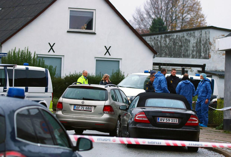 Det var et rystende syn, der mødte politiet, da de tidligt om morgenen efter et tip mødte op på den 28-årige mands adresse. (Foto: Alarm112midtjylland.dk/Ritzau Scanpix)