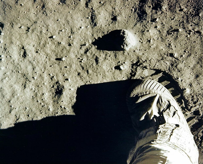 Apollo 11-astronauten Edwin 'Buzz' Aldrins støvle og fodspor på Månen. Neil Armstrong var dog den første, da han skrev historie som den første, der satte fod på Månen. (Foto: NASA)