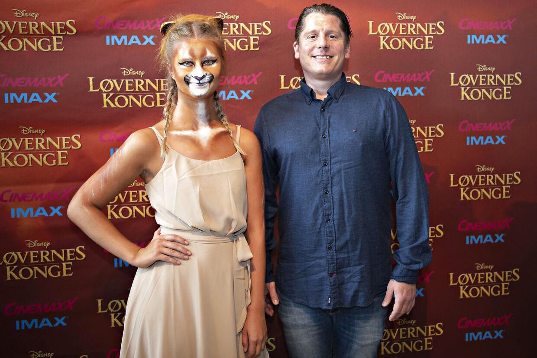 Robert Hansen er stødt ind i en løve på den røde løber i CinemaxX i København