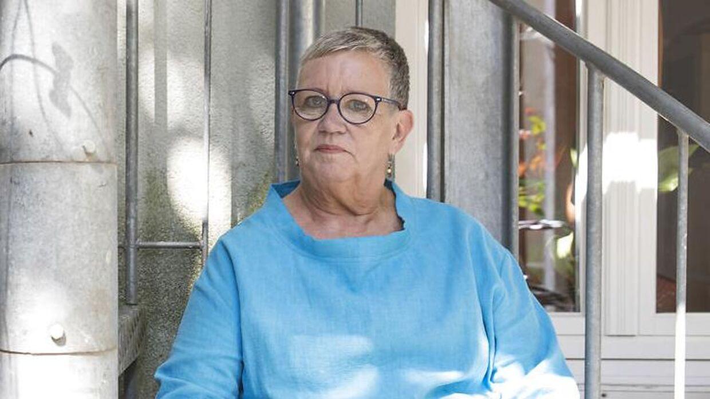 Lisbeth Mejer blev ved en fejl erklæret død og fik derfor bl.a. ikke udbetalt pension i to måneder. Her er hun fotograferet i sit hjem i Flensborg tirsdag den 16. juli 2019.