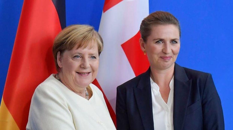 Tysklands kansler, Angela Merkel, og Danmarks statsminister, Mette Frederiksen (S), er begge placeret på listen over de bedst betalte toppolitikere i verden.