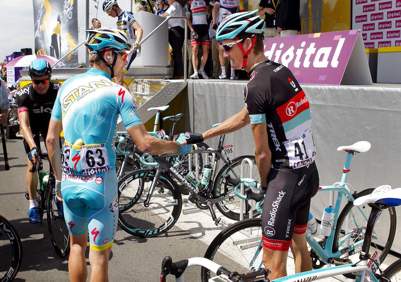 Jakob Fuglsang og Andy Schleck under Tour de France i 2013.