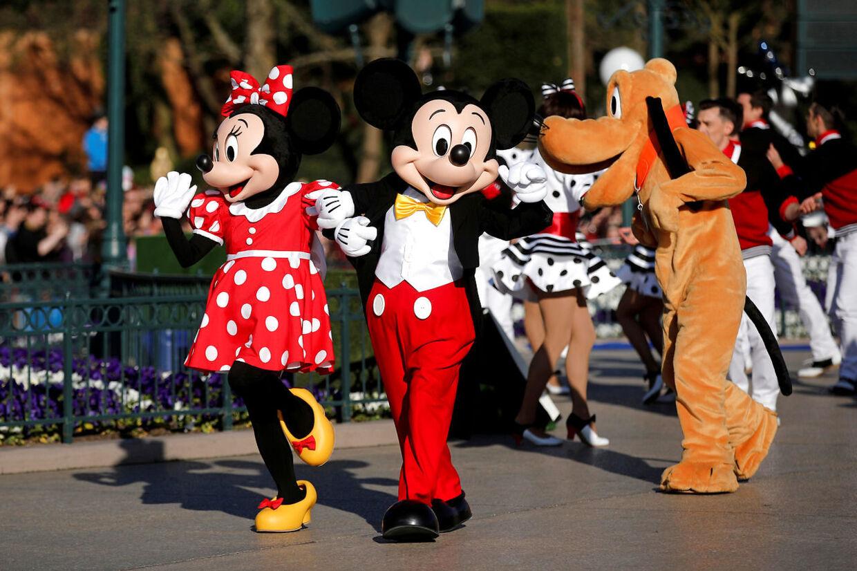 Det er svært at møde på arbejde med smil, når man er nødt til at lede efter mad i andres folks skrald, lød det fra en af medarbejderne I Disney.