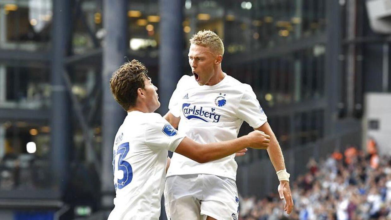 Viktor Fischer stod for assist til begge FCK-mål fredag aften.