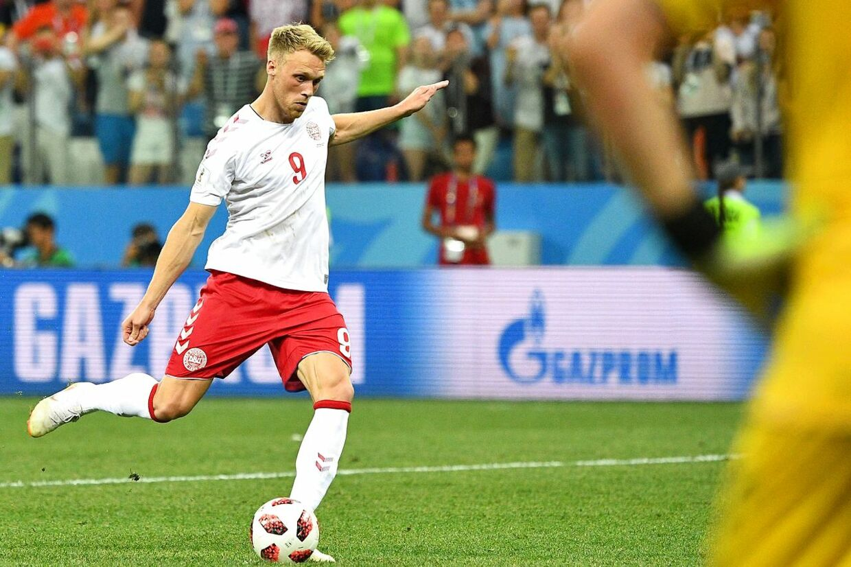 Denmark's forward Nicolai Jorgensen fails to score in the penalty shoot-out at the end of the Russia 2018 World Cup round of 16 football match between Croatia and Denmark at the Nizhny Novgorod Stadium in Nizhny Novgorod on July 1, 2018. / AFP PHOTO / Johannes EISELE / RESTRICTED TO EDITORIAL USE - NO MOBILE PUSH ALERTS/DOWNLOADS