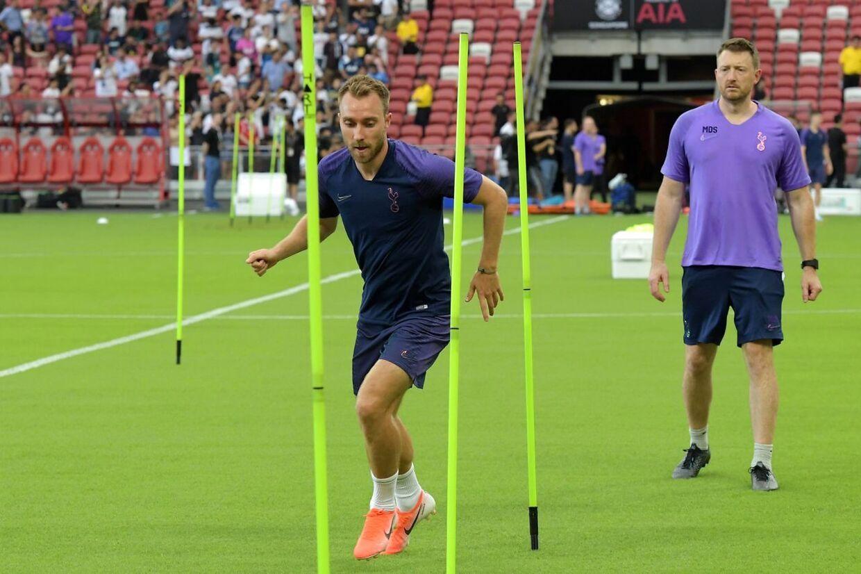 Christian Eriksen har selvtrænet på Tottenhams pre-season-tur. Ifølge Mauricio Pochettino er det grundet en mindre operation.