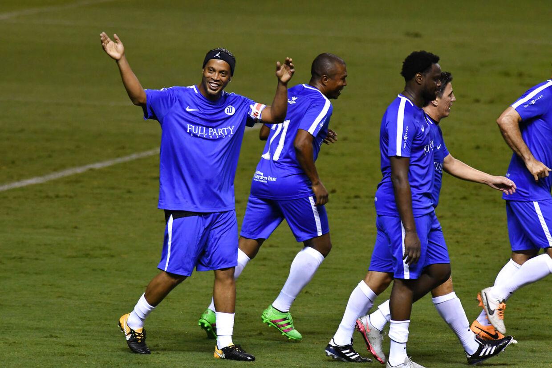 Ronaldinho er en populær deltage i diverse showkampe og testimonials.