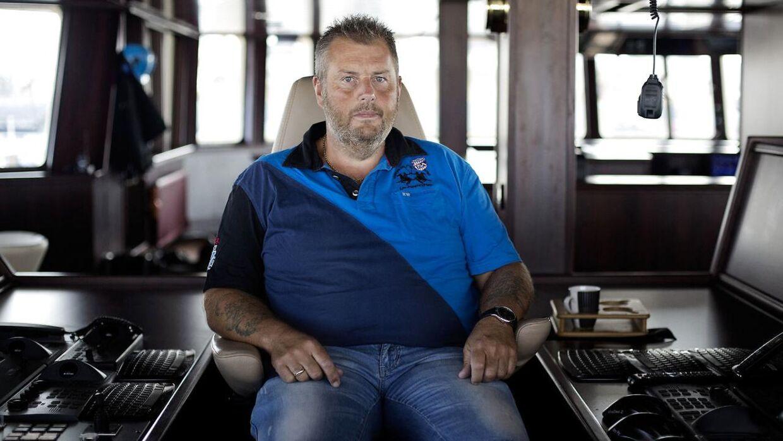 Henning Kjeldsen i sin førerstol på skibet Gitte Henning.