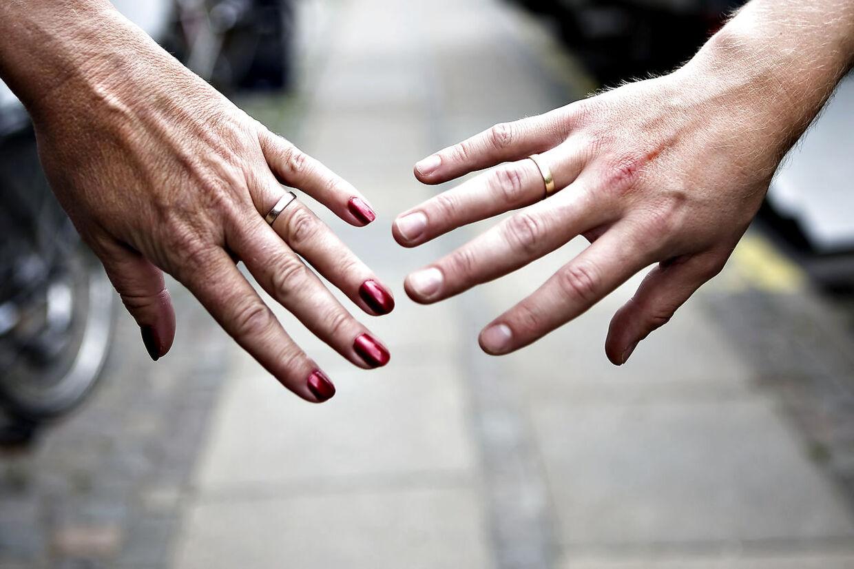 (ARKIV) Modelfoto af skilsmisse, den 19. juni 2008. Parforholdet går op og ned, og det kan være svært at vurdere, hvornår man skal trække sig. Mange ender i skilsmisse, og et brud bør alle være forberedte på, mener psykolog Neela Maria Sris. (Foto: Rune Evensen/Ritzau Scanpix)