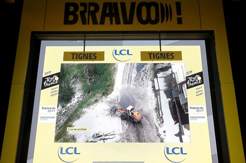 Voldsomt vejr afbrudte dagens Tour-etape.