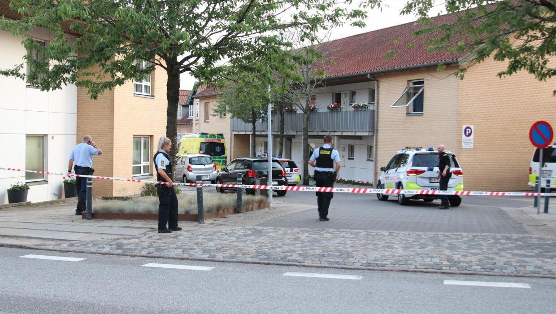 Politiet har mandag aften afspærret et stort område i Ringsted.