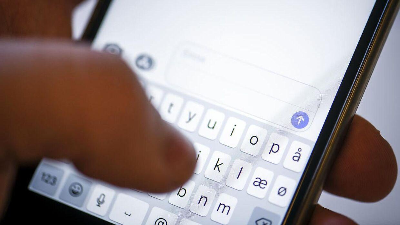 Det er udbredt, at medarbejdere tjekker deres e-mail i fritiden.