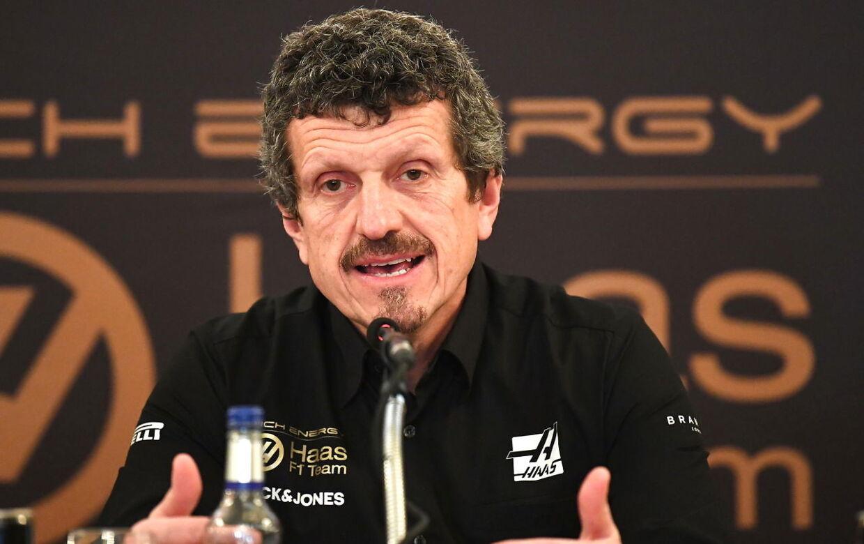 Günther Steiner forsvarer Magnussen mod Ricciardos anklager.