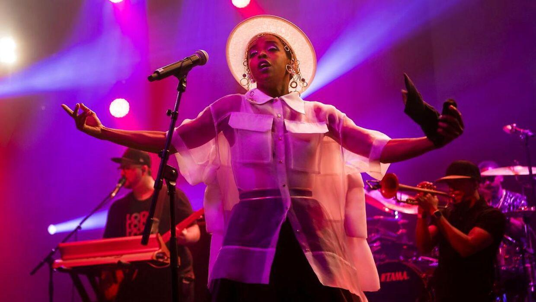 Lauryn Hill har for vane at komme for sent til sine optrædener.