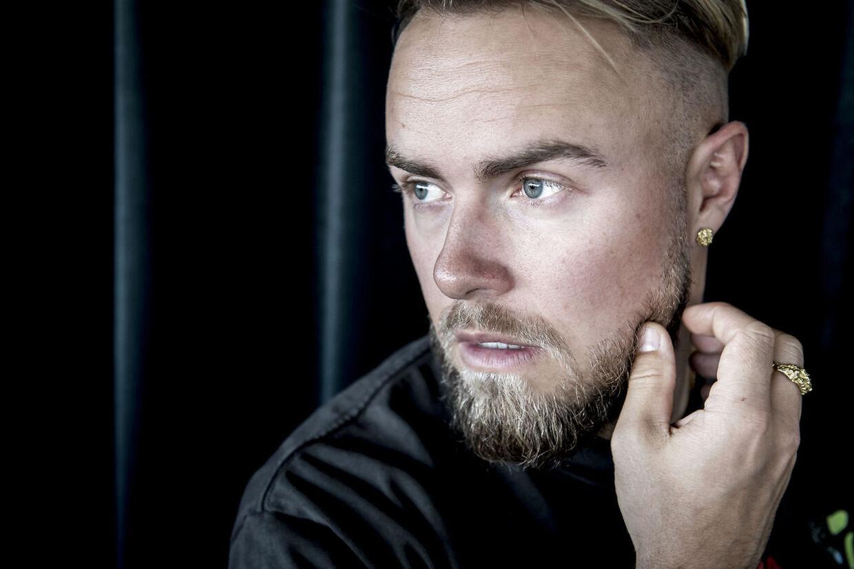 Peter Falktoft er vært på radioprogrammet 'Danmarks dræber #1'.
