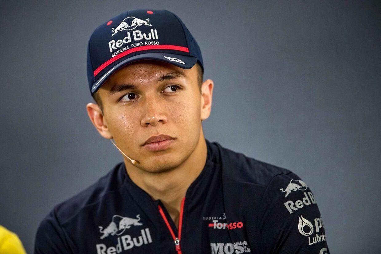Alexander Albon har erstattet Pierre Gasly hos Red Bull.
