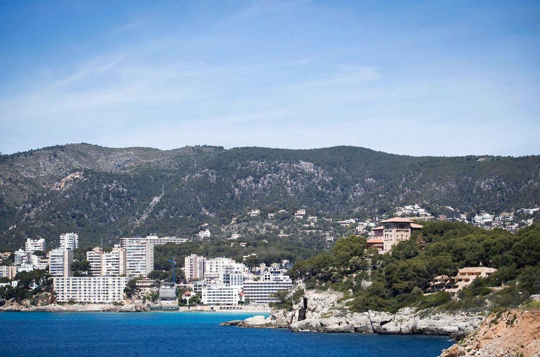 En 18-årig millionærdatter er fundet død på Mallorca.