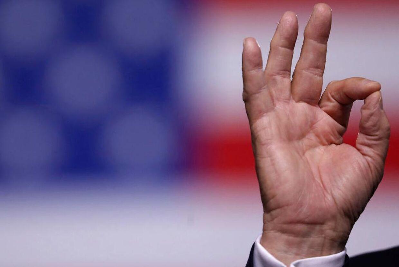 Donald Trump har givet sit 'OK' til adskillige sammensværgelsesteorier. Nu antyder præsidenten indirekte, at Bill Clinton var involveret i mordet på den pædofili-anklagede milliardær Jeffrey Epstein.