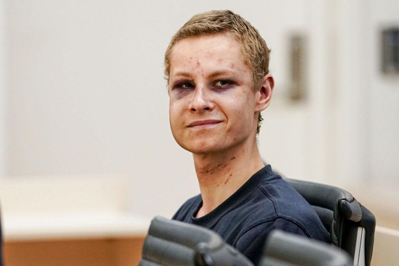Philip Manshaus som han så ud under det første retsmøde i Oslo den 12. august.