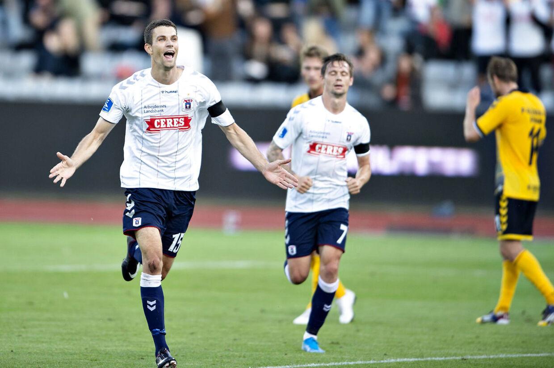 AGF's Nicklas Helenius har scoret til 1-0 mod AC Horsens.