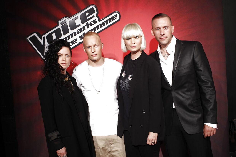 I 2011 og 2012 var Sharin Foo coach i 'Voice' sammen med L.O.C., Xander og Lene Nystrøm.