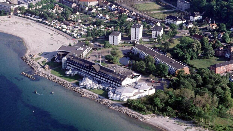 Luftfoto af Kasino og hotel Marienlyst, Helsingør.