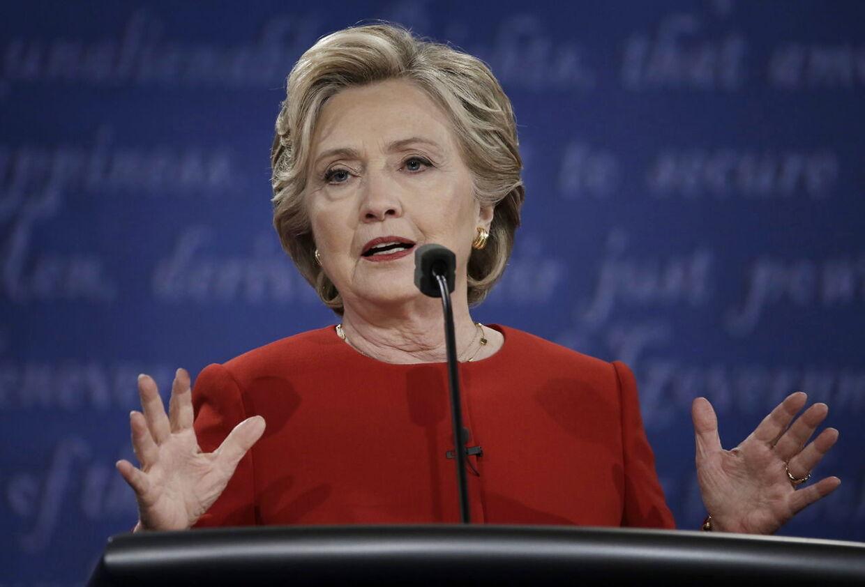 Stærk kvinde, Hillary Clinton. Blev som den første medlem af 'Nasty-klubben'.