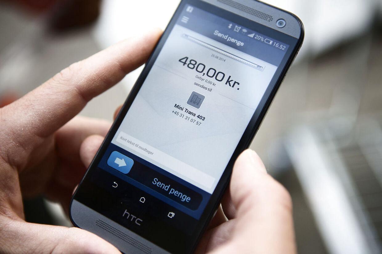 Tusinder af små erhvervsdrivende skal nu æde en prisstigning fra MobilePay.