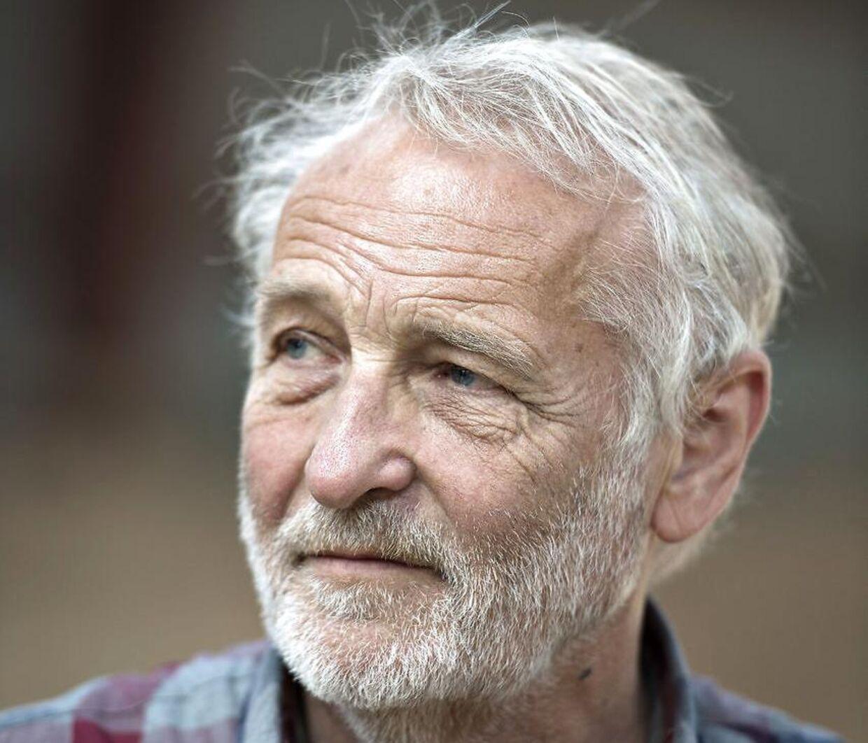 Niels Hausgaard faldte i 2016 om med hjertestop.