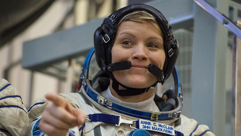 NASA-astronauten Anne McClain bliver beskyldt for at have logget på sin nu forhenværende kones bankkonto fra rummet. (Arkivfoto)
