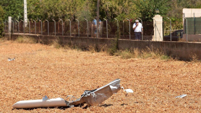 7 personer er døde, deriblandt to børn, efter et fly og en helikopter kolliderede i luftrummet over Mallorca. Kollisionen medførte, at vragdele lå spredt rundt omkring på landjorden.